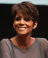 197px-Halle_Berry_by_Gage_Skidmore[1]